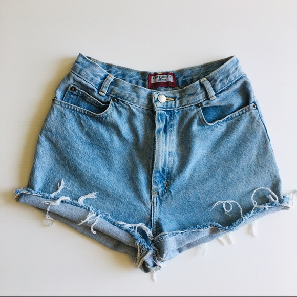 Union Bay NWT Womens Cut Off Jean Shorts Distressed plus size 18 Embellished